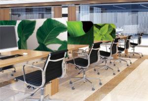コワーキングスペースやオフィスに発泡パネル・パーテーションを設置したイメージ